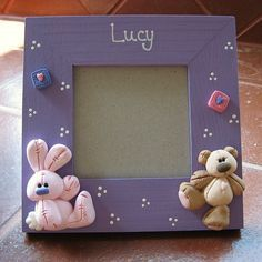 Bunny and bear baby frame Polymer Clay Animals, Polymer Clay Art, Polymer Clay Projects, Polymer Clay Creations, Photo Frame Decoration, Crea Fimo, Baby Girl Pictures, Clay Baby, Clay Miniatures
