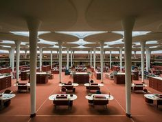 Johnson Wax Headquarters in Racine, Wisconsin - Frank Lloyd Wright via The New York Times Prairie Style Architecture, Amazing Architecture, Modern Architecture, Architecture Interiors, Lumiere Photo, Johnson Wax, Frank Lloyd Wright Buildings, Tower Design, American
