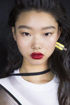 2019 runway makeup - Google Search