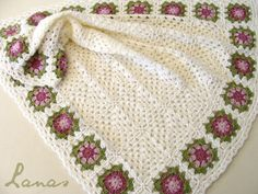 crochet pink  granny square blanket | ... made this babyblanket, with white granny squares, and a flower border