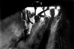 Sebastião Salgado (born February is a Brazilian social documentary photographer and photojournalist. Documentary Photographers, Great Photographers, Magnum Photos, Street Photography, Art Photography, Classic Photography, Stephen Shore, Famous Pictures, Cindy Sherman