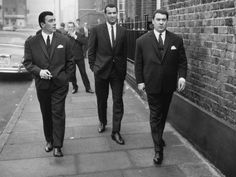 3 x The Krays Kray Twins Ronnie Reggie British Gangsters Old school gentlemen hard photo picture pri Twin Photos, Rare Photos, Vintage Photos, The Krays, Mafia Gangster, Gangster Movies, East End London, The Big Boss, Criminology