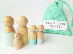 wooden peg dolls - idea to paint
