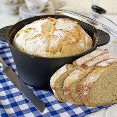 Knådfritt grytbröd Wheat Free Recipes, Bread Recipes, Baking Recipes, Breakfast Recipes, Dessert Recipes, Bread Shop, Cocktail Desserts, Food Fantasy, Bread Bun