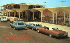 12. Orange County Airport in the 1970s. Those are some mighty stylin' cars.