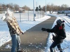 Funny picture: To the face   #game, #snow, #snowball, #playing, #face, #funny
