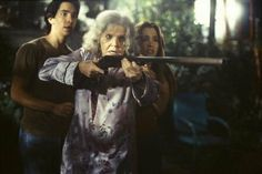 Jeepers Creepers - Publicity still of Gina Philips, Justin Long & Eileen Brennan. The image measures 2651 * 1772 pixels and was added on 29 September Ghost Movies, Scary Movies, Jeep Cherokee, Jeep Wrangler, Eileen Brennan, Justin Long, Jeepers Creepers, Limousine, Lily Collins