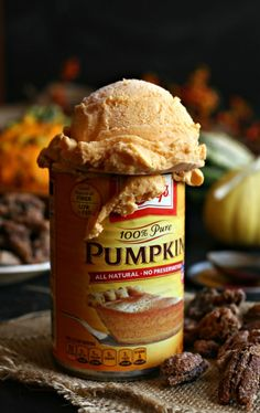 Pumpkin-Cheesecake-Ice-Cream-with-Praline-Pecans