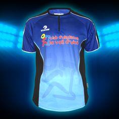 #AtletismeVallduixo #Camiseta #TrialRunning fabricada en #Coolmax .  Cremallera en cuello .Proporciona una ventilación y sujeción perfecta. Indicada para carreras de montaña y ruta. #ViatorRunning #ViatorTrailRunning