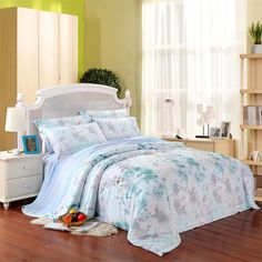 Alice Blue and White Nature Flower Garden Fresh World Rustic Chic Soft 100% Tencel Full, Queen Size Bedding Sets