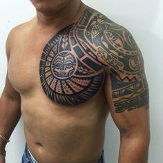 marquesan tattoos by lou Taino Tattoos, Tribal Chest Tattoos, Tatau Tattoo, Tribal Shoulder Tattoos, Mens Shoulder Tattoo, Marquesan Tattoos, Samoan Tattoo, Body Art Tattoos, Tatoos