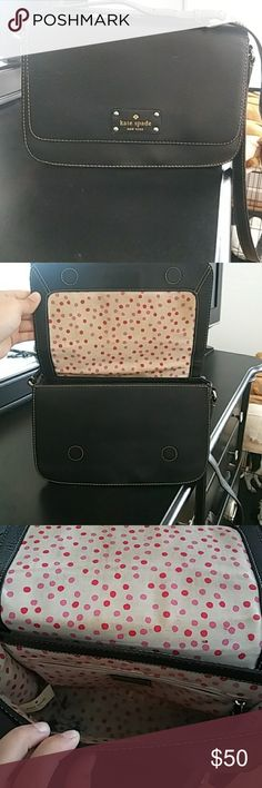 Kate spade bag Black leather Kate spade shoulder bag. It is used little stains and inside is used but there is a lot of life and still be used. kate spade Bags Shoulder Bags