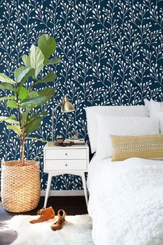 Leaf wallpaper Wall Decor Removable wallpaper Boho by BohoWalls Vinyl Wallpaper, Washable Wallpaper, Accent Wallpaper, Bedroom Wallpaper, Wallpaper Ideas, Bohemian Room Decor, Photo Deco, Home And Deco, Wall Spaces