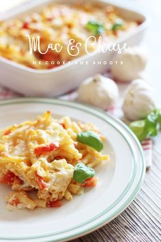 * magnoliaelectric: YYY - YummY fridaY - hecookssheshoots {Mac & Cheese mit Knoblauch}