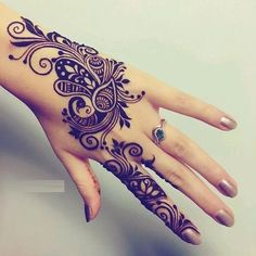 This article is also about Latest Hand Mehndi Designs 2018 for Girls and here you will find some of Latest Mehndi Designs 2018 that will make your heart. Traditional Mehndi Designs, Modern Henna Designs, Mehndi Designs For Girls, Mehndi Design Pictures, Latest Mehndi Designs, Mehndi Desgin, Henna Patterns Hand, Hand Mehndi, Beautiful Mehndi Design