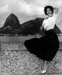 Exposiçoes Virtuais - Arquivo Nacional Cacilda Becker Rio de Janeiro, 1º de agosto de 1956. Correio da Manhã