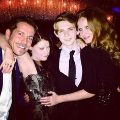 Sean Maguire, Emilie de Ravin, Robbie Kay and Rebecca Mader pose together