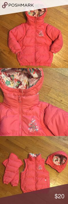 Little Girls Reversible Take Apart Puffy Coat So cute! Awesome little girls Coat completely reversible with detachable hood and sleeves! Please feel free to ask any questions or make an offer, and as always THANK YOU for shopping my posh closet! Xoxo -Tish christmas playground Jackets & Coats Puffers