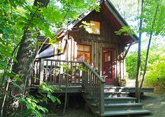 Sweet, wooden and eco-minded, this small guest-home offers a humble retreat in nature not too far from the city. Perched on a ravine in the forest