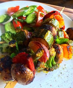Tandoori vegetables - a flavour sensation ! world food recip Tandoori Vegetables Recipe, Grilled Vegetables, Tandoori Marinade, Tandoori Masala, Garam Masala, Healthy Asian Recipes, Vegetarian Recipes, Vegetarian Cooking, Healthy Dinners