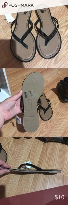 Brand new American Eagle flip flops Brand new American Eagle flip flops American Eagle by Payless Shoes Sandals