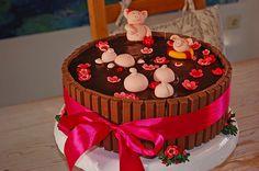 Schweinchen im Matschkübel-Torte, ein tolles Rezept mit Bild aus der Kategorie Torten. 256 Bewertungen: Ø 4,7. Tags: Backen, Torte