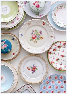 There's just something about old plates that I love!