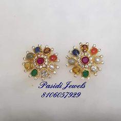 Saved by radha reddy garisa Saved by radha reddy garisa Gold Jhumka Earrings, Gold Earrings Designs, Gold Jewellery Design, Coral Earrings, Gold Jewelry Simple, Jewelry Patterns, Pendant Jewelry, Decoration, Jewelery