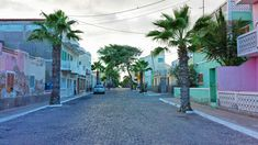 Bezienswaardigheden Sal, Kaapverdië | Reisdoc.nl Santa Maria Cape Verde, People Around The World, Around The Worlds, Enjoy It, Route 66, My Happy Place, Quebec, Cabo, Travel Around