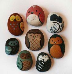 Painted pebbles. Stone owls.@bubenimlan
