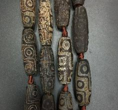 Old Tibetan Dzi Agate Long Rice beads,Retro Style Rusty Agate Barrel point,Vintage Pandant Necklaces Jewelry Full strand Clay Jewelry, Jewelry Crafts, Beaded Jewelry, Ceramic Jewelry, Fabric Jewelry, Silver Jewellery, Metal Jewelry, Jewelry Ideas, African Trade Beads