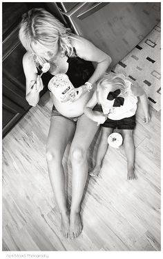 Maternity Photos. Haha omg I need this pic!! It's exactly what happens...Cody is usually helping me out too