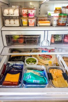 How To Organize A French Door Refrigerator (+ Free KonMari Checklist) Need fridge organizing ideas? Maximize that storage space with these tips for organizing a French door refrigerator. Your kitchen will be organized in no time! Freezer Organization, Refrigerator Organization, Kitchen Organization Pantry, Recipe Organization, Organization Hacks, Organizing Ideas, Organized Fridge, Bathroom Organization, Organizing Life