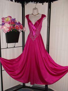 3a46b5bd1c Vintage Olga nightgown fuchsia hot pink sleep dress gown 92050 Small  Medium  basque waist  stretch lace bodice  low cut v-neck  big sweep