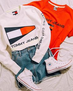 Summer Fashion 2018 -Summer Outfit 2018 - Tommy Hilfiger new release Tommy jeans and converse Tommy Hilfiger Outfit, Tommy Hilfiger Shirts, Tommy Hilfiger Women, Tommy Hilfiger Style, Tommy Hilfiger Fashion, Cute Fall Outfits, Cool Outfits, Casual Outfits, Summer Outfits
