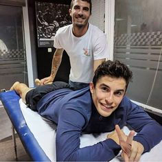 """Mi piace"": 645, commenti: 5 - (Marc+Dani) (@9326champs) su Instagram: ""#Marc was massaged after his running  10km !!✌️with #AllianzNightRun @lapsforlife93 , hey Where…"""