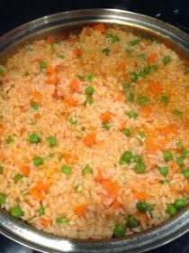 GOOD - Super Mexican Recipes: Mexican Rice -- Arroz Mexicano It was deliscious, but I might add some jalepeno to the sauce next time for some heat. Authentic Mexican Recipes, Vegetarian Mexican Recipes, Mexican Dessert Recipes, Mexican Chicken Recipes, Mexican Cooking, Mexican Dishes, Mexican Slaw, Mexican Easy, Mexican Tamales