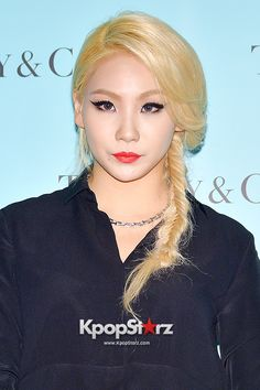 2NE1's CL Joins Forces With Scooter Braun For US Solo Debut http://www.kpopstarz.com/articles/124756/20141016/2ne1-cl-joins-forces-with-scooter-braun-for-us-solo-debut.htm