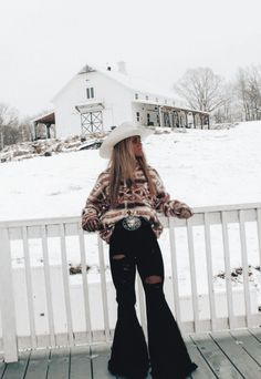 Casual Country Outfits, Cowgirl Style Outfits, Western Outfits Women, Southern Outfits, Rodeo Outfits, Cute Casual Outfits, Country Fashion, Teenager Outfits, Teen Fashion Outfits