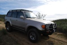 Example of Baja Rack low profile roof rack on a Land Cruiser...so low!