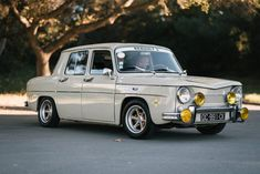 Bid for the chance to own a 1970 Renault 8 at auction with Bring a Trailer, the home of the best vintage and classic cars online. Aftermarket Wheels, Vw Vintage, Cool Vans, Limousine, Classic Cars Online, Small Cars, Rally Car, Retro Cars, Rolls Royce