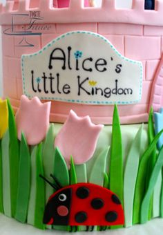 The Little Kingdom of Ben and Holly!