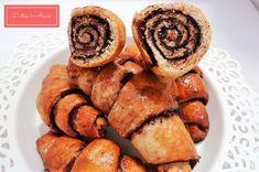 Isteni teljes kiőrlésű csokis kiflik - Diéták & Álmok Sausage, Muffin, Sweets, Breakfast, Food, Mint, Morning Coffee, Good Stocking Stuffers, Candy