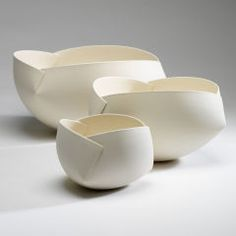 Ann Van Hoey Growing, 2009 White Earthenware, slab building and molding Hand Built Pottery, Slab Pottery, Ceramic Pottery, Thrown Pottery, Pottery Vase, Ceramic Bowls, Stoneware, Keramik Design, Sculptures Céramiques