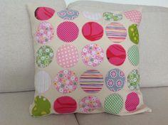 Kone/ tilkku aplikointia Throw Pillows, Bed, Home, Toss Pillows, Cushions, Stream Bed, Ad Home, Decorative Pillows, Homes