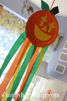 A Christian Pumpkin Windsock Craft - FREE Printable! - Happy Home Fairy Christian Halloween, October Crafts, October Art, Happy Home Fairy, Hallowen Ideas, Christian Crafts, Christian Preschool Crafts, Fall Crafts For Kids, Kids Church Crafts