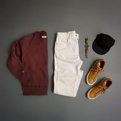 Don't spill your coffee, don't spill your coffee... #whitepants #coffeespills _____________________ Sweater: @toddsnyderny x @champion Pants: @levis Shoes: @nikelab Blazer Lo Hat: @saturdaysnyc Watch: @danielwellington