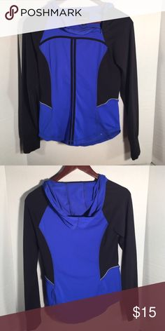 Cynthia Rowley running spandex hoodie Side zip at top of neck Cynthia Rowley Tops Sweatshirts & Hoodies