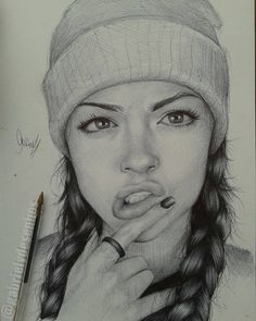 Inspiring Realistic Drawings, Illustrations and Ideas. Awe Inspiring Realistic Drawings, Illustrations and Ideas. Portrait Au Crayon, Pencil Portrait Drawing, Pencil Art Drawings, Realistic Drawings, Art Drawings Sketches, Portrait Art, Horse Drawings, Art Illustrations, Ballpoint Pen Drawing