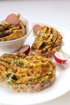 Vegán köles körözött - Falatom Vegan Sandwich Recipes, Veggie Recipes, Vegetarian Recipes, Quick Easy Healthy Meals, Healthy Snacks, Foods With Gluten, Vegan Foods, Vegas, Greens Recipe